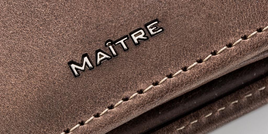 maitre produkt logo embossed